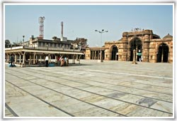 religious places in ahmedabad places of worship in ahmedabad